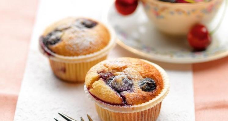 Muffins aux cerises et yogourt